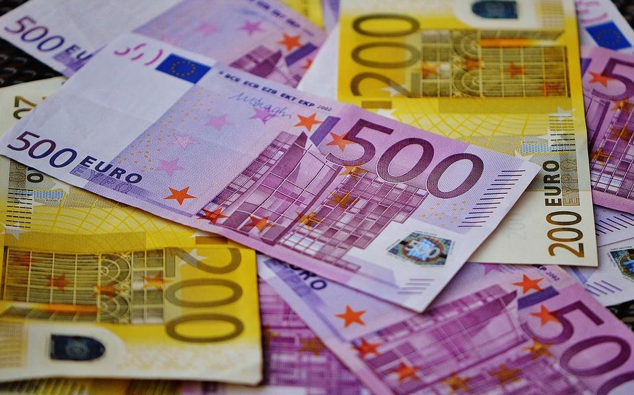 领峰外汇-新年首个欧银决议来袭