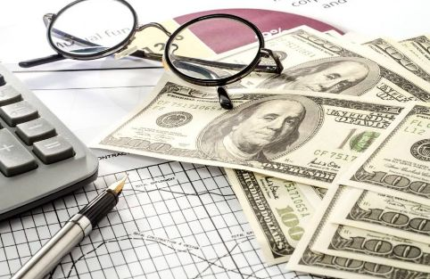 领峰外汇-美国经济陷危机?